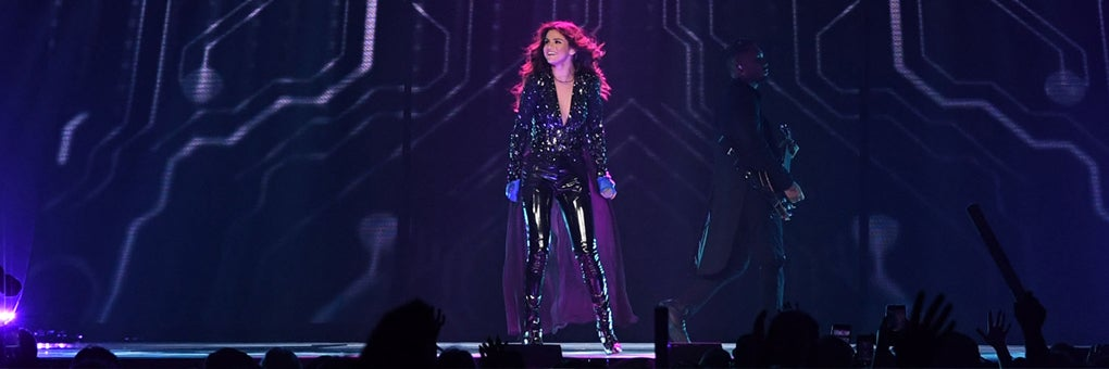 Selena Gomez Revival Tour with DNCE | Smoothie King Center